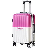 Модный пластиковый чемодан, средний.