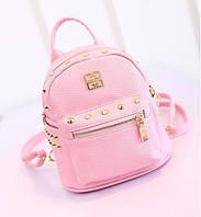 Мини рюкзак женский с шипами и заклепками Givenchy.