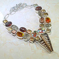 Экстравагантное Колье с натуральными камнями - Рутиловый Кварц, Ракушка, Радужный кварц, дихроическое стекло