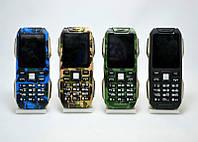 Противоударный мобильный телефон LAND ROVER (MLEKA D500)