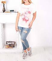 """Красивая удлиненная футболка """"Флори"""" для полных девушек, до 64 размера"""