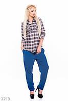 Женская приталенная клетчатая рубашка из хлопка с кармашками