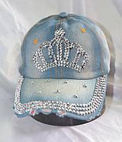 Джинсовая кепка со стразами и камнями корона