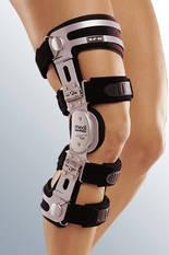 Жесткий коленный ортез medi M.4 OA