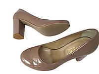 Кожаные туфли на очень удобном каблуке