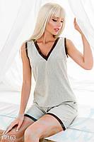 Удобный летний женский костюм двойка из легкой футболки и коротких мини шорт лен