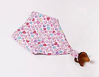 """Детский слюнявчик с держателем для пустышки """"Розовые сердечки"""" для девочки"""