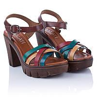 Босоножки на толстом каблуке и платформе Amati (стильное сочетание цветов, удобные, практичные, модные)