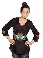 Женская вышиванка с вышитыми маками