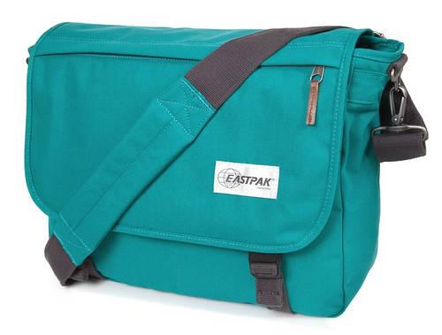 Удобная городская сумка 20 л. Delegate Eastpak EK07696I зеленый