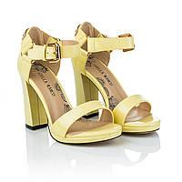 Желтые босоножки на каблуке Stella Marco (модные, стильный дизайн, элегантные, оригинальные, изысканные)