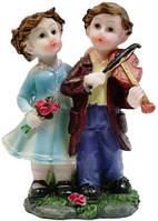 Статуэтка девочка с мальчиком цветные на подарок 80х130х60