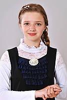 Школьный сарафан черного цвета с жабо из кружева и брошью  на девочку возраста 10 лет, 11 лет, 12 лет Елена