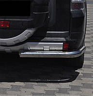 Защита заднего бампера на Mitsubishi Pajero Wagon 4 (c 2006--)