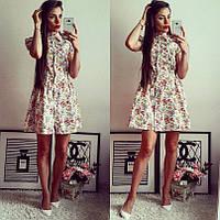 Молодежное летнее платье с воротником