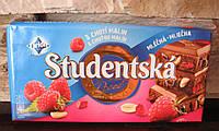 Шоколад Studentska Pacet молочный с малиной 180гр