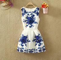 Платье женское жаккардовое с небольшими синими цветами