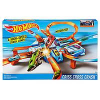 Трек Хот Вилс Авария крест накрест моторизированный Hot Wheels Criss Cross Crash Track