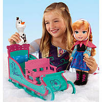 """Игровой набор """"Холодное cердце"""" - Кукла Маленькая Анна и Олаф на санках"""
