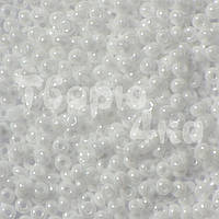 Бисер Preciosa 10/0 перламутровый № 46102 / 530 белый