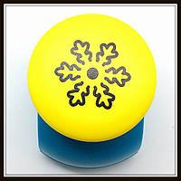 Дырокол фигурный Снежинка 3D кнопка 2,5 см