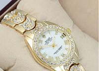 Часы женские Rolex кварцевые золотистые со стразами