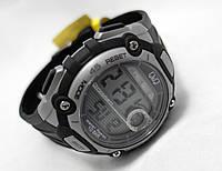 Часы средние Q@Q - 10Bar Alarm chrono, можно плавать, противоударные, m083j002y