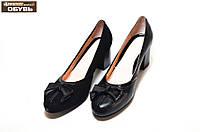 Женские туфли из натуральной кожи на не высоком каблуке