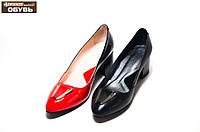 Женские модельные  туфли на широком каблуке
