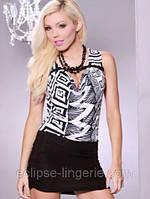 Короткое черно-белое платье