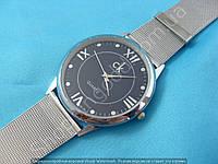 Женские часы Calvin Klein 114238 серебристые с черным диаметр 4,3 см плетеный металлический браслет
