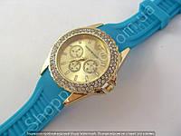 Женские часы Emporio Armani 114245 золотистые в стразах диаметр 4 см бирюзовый силиконовый ремешок