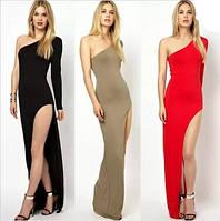 Женское длинное откровенное платье