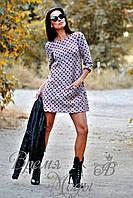 Платье мини с геометрическим узором и удобными карманами, осень-весна.