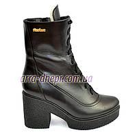 Женские кожаные зимние ботинки на устойчивом каблуке, фото 1