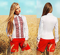 Женская блузка с украинской вышивкой принтом