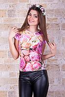 Цветная стрейчевая женская футболка с печатным рисунком