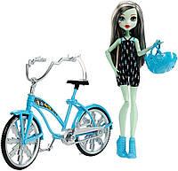 Кукла Монстер Хай Фрэнки Штейн с велосипедом, Monster High Boltin' Bicycle Frankie Stein Doll & Vehicle