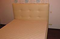 Двуспальные кровати с ящиками для белья на ламелях с подъемным механизмом и мягким изголовьем купить в Украине