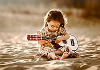Пазлы Девочка с гитарой 500 деталей В-52288