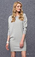 Женское теплое платье-туника серого цвета с длинным рукавом на манжете. Модель Julie Zaps.