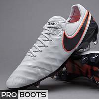 Футбольные бутсы Nike Tiempo Legend VI FG Grey