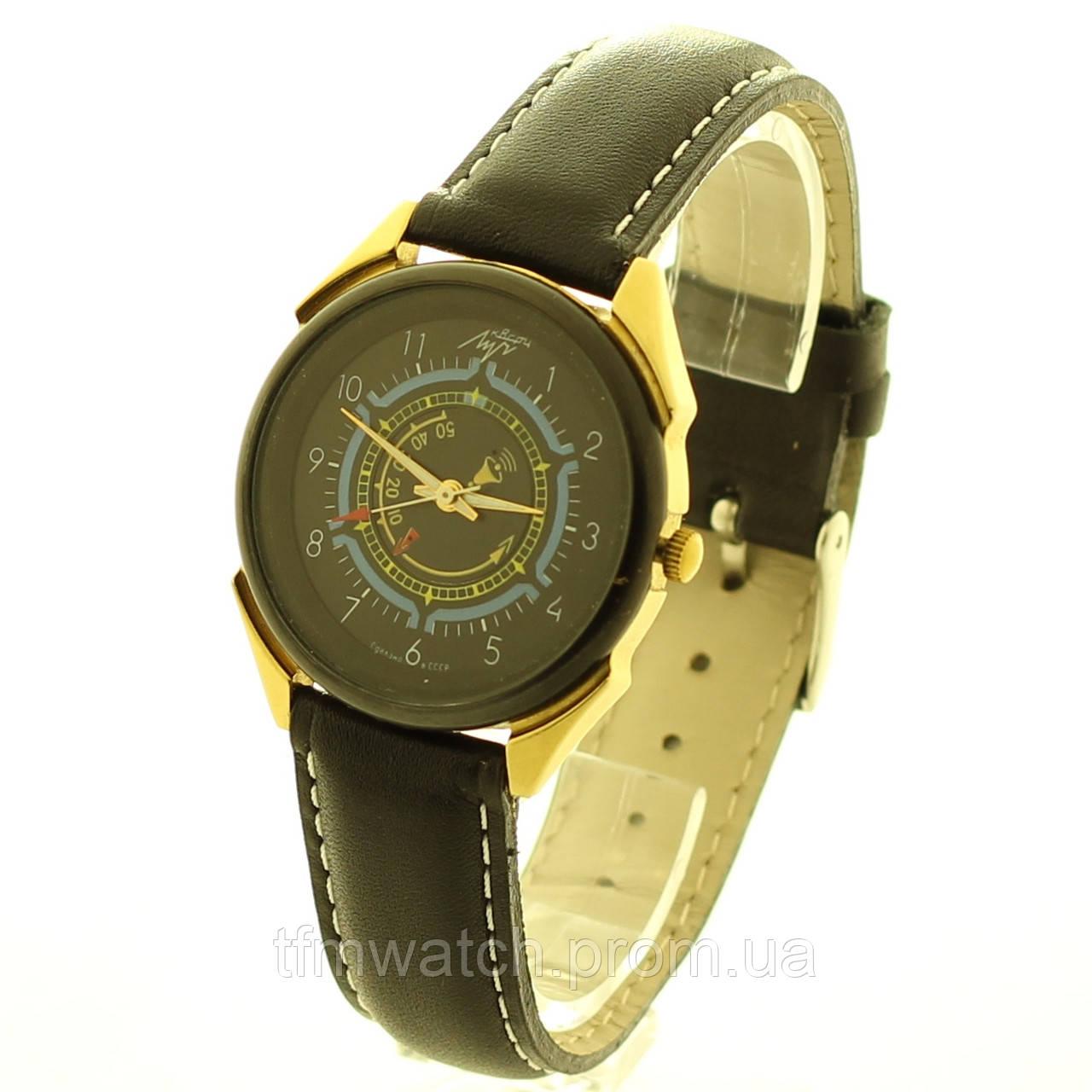 Луч кварц часы с будильником СССР