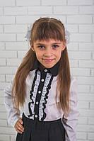 Детская школьная блузка с черным воротником
