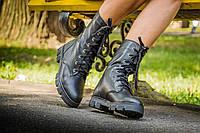 Ботинки женские черного цвета на шнуровке
