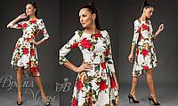 Платье асимметрия, белое с красными розами.