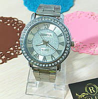 """Часы """"Женева Голд"""", красивые с кристаллами."""