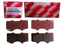 Колодки тормозные, передние (производство TOYOTA ), код запчасти: 0446535290