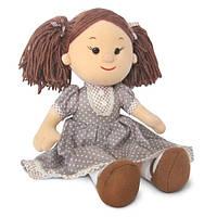 Мягкая игрушка - КУКЛА КАРИНА В КОРИЧНЕВОМ ПЛАТЬЕ В ГОРОШЕК (муз., 24 см)