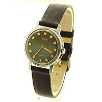 Заря женские механические часы СССР